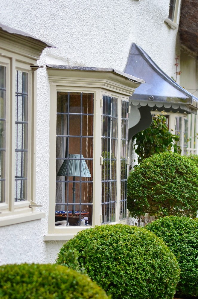 Green bay bay windows green bay bay window company for What to put in front of a bay window