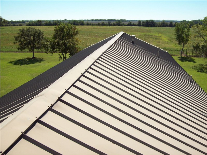 Premier Metal Roofing Contractors Serving Rockford