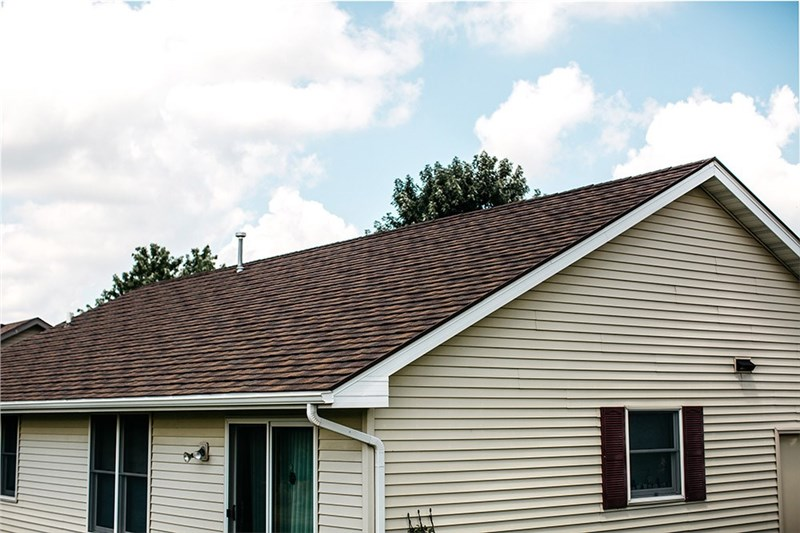 Convincing Reasons to Consider a Metal Roof for Your Rockford Home