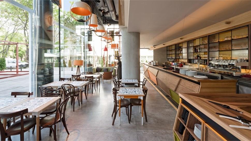 Commercial - Restaurants Photo 1