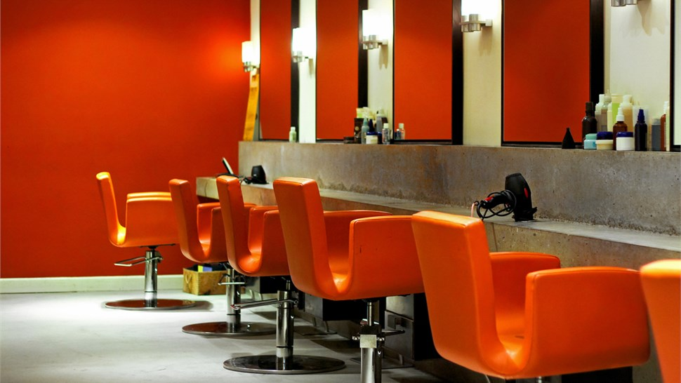 Commercial - Salons Photo 1