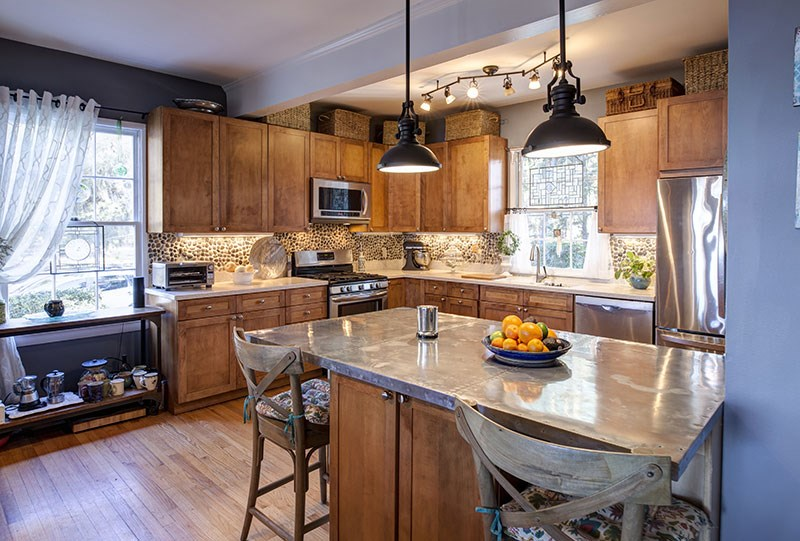 Five Tips for Keeping Your Kitchen Remodeling on Time & In Budget
