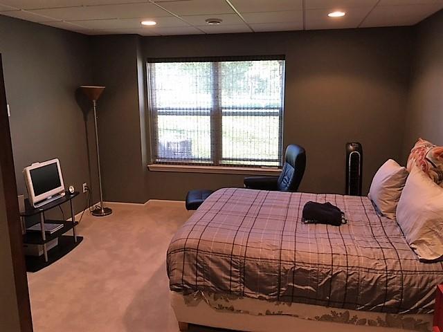 bedroom in basement. 1of1 Cincinnati Basement Guest Bedroom  in