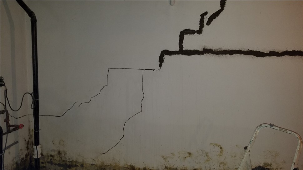 Foundation Repair - Foundation Crack Repairs Photo 1
