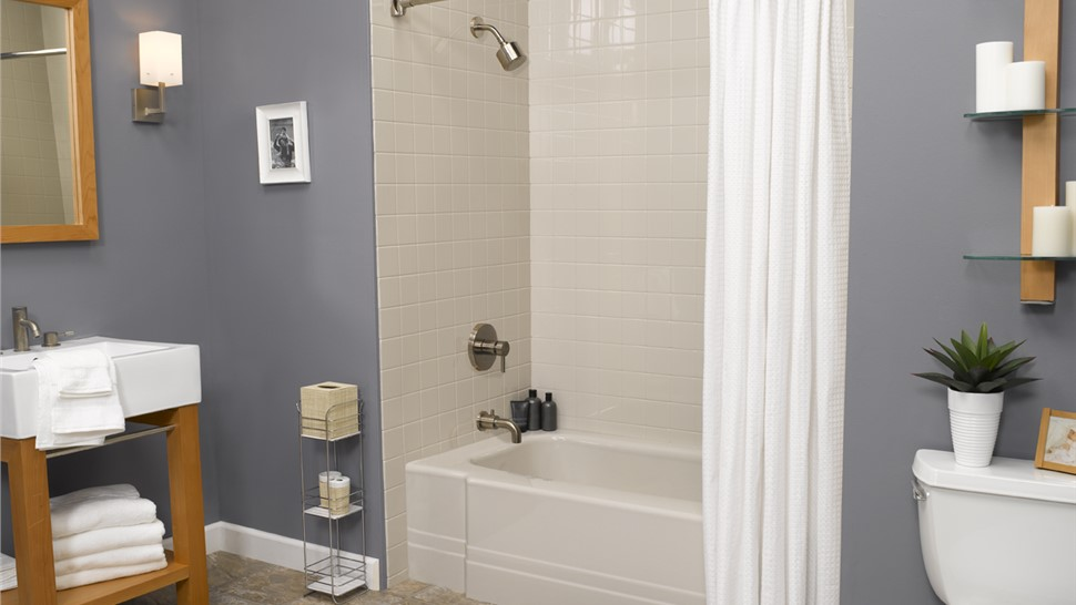 Bathtubs - Bath Liners Photo 1