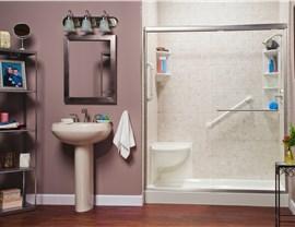 Bathtub - Bath Wall Surrounds Photo 2