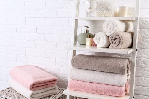 Quick and Affordable Ways to Make Your Bathroom Guest-Friendly