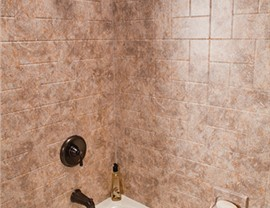 Bathtubs - Bath Wall Surrounds Photo 3