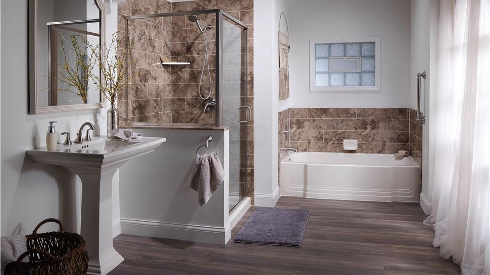Bathtubs - Bath Wall Surrounds Photo 1