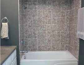 Bathroom Remodel - New Bathtubs Photo 3