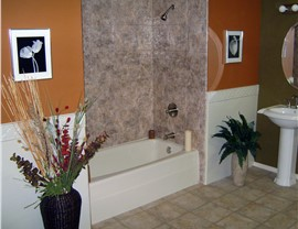 Bathroom Remodel - New Bathtubs Photo 2