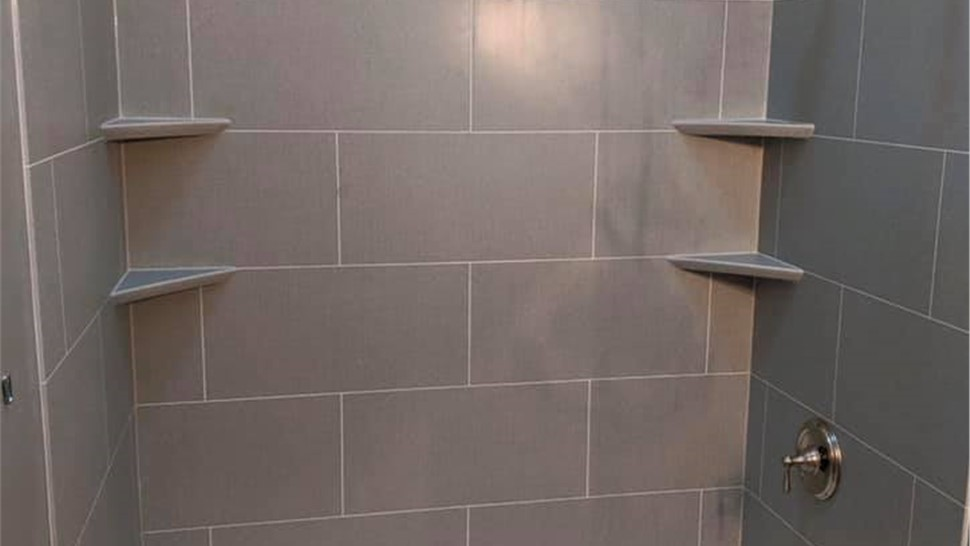Bathtub Remodel - Tub Replacement Photo 1