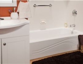 Bathtub Remodel - Tub Liners Photo 4