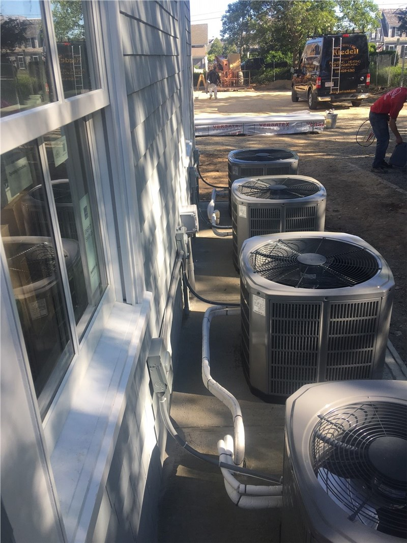 How to Cover an Air Conditioner During the Winter