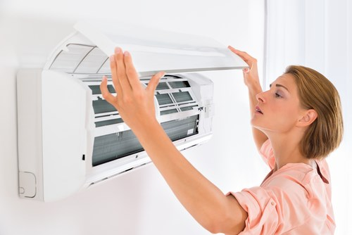 4 Signs You Need to Replace Your AC