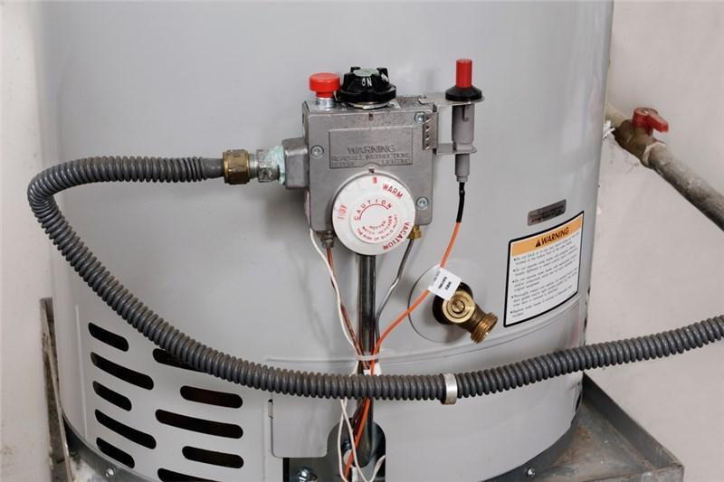 The Dangers of DIY Water Heater Repair