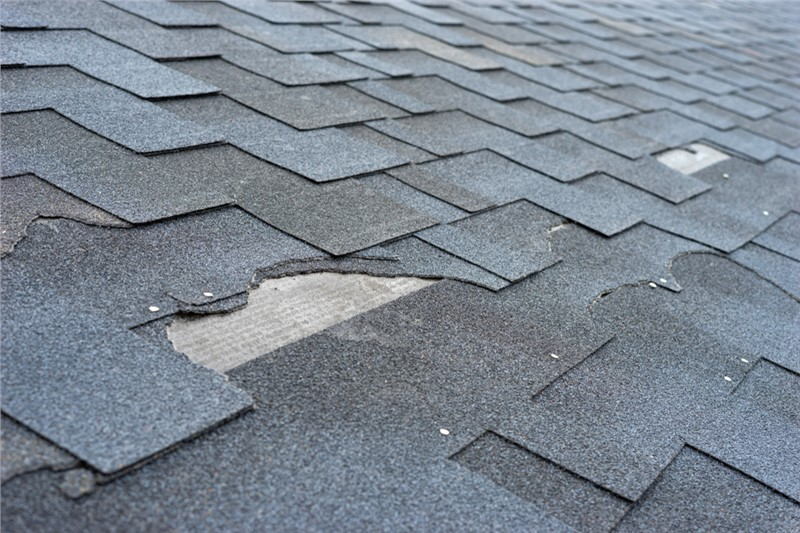 When to File an Insurance Claim for My Roof?