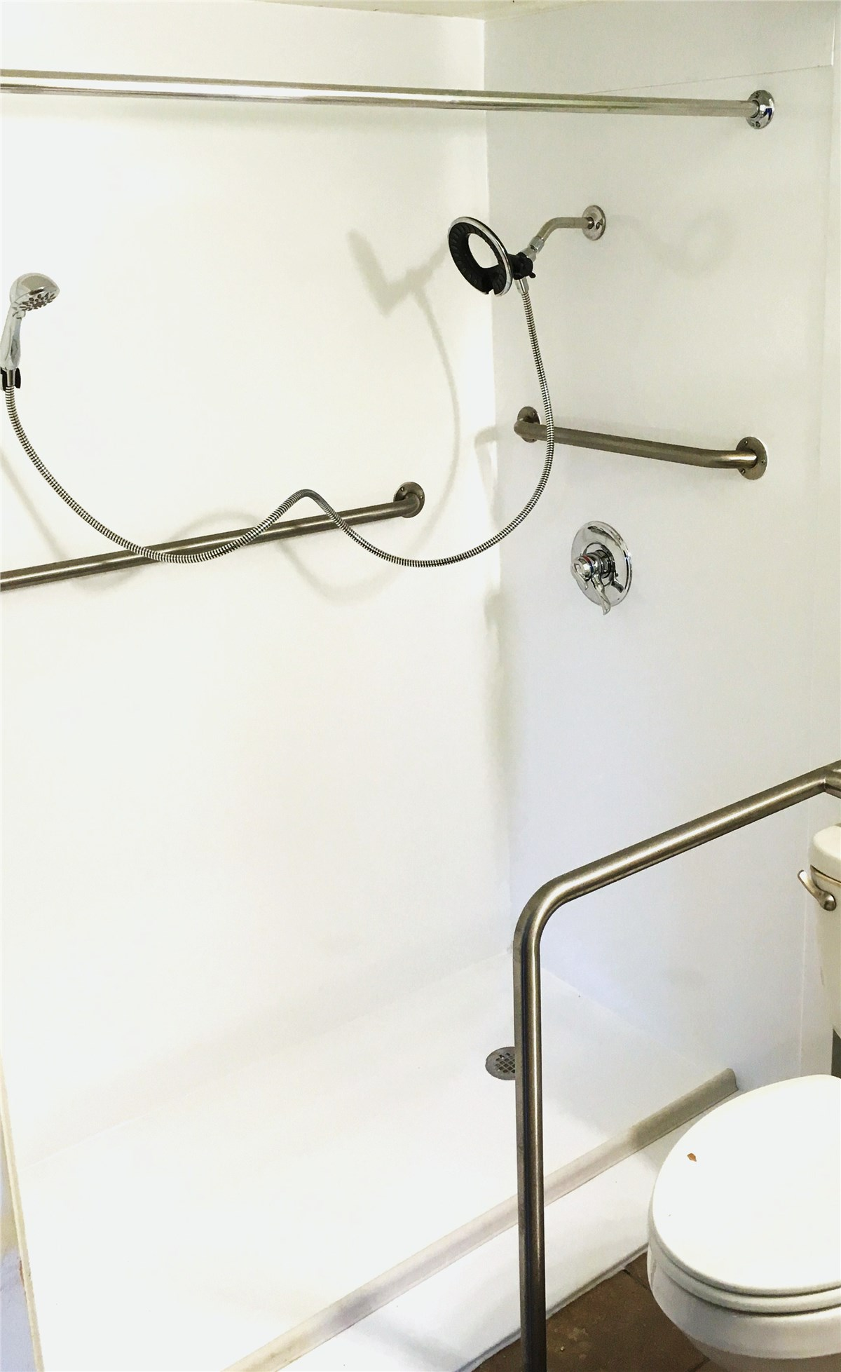 Accessibility Products - Grab Bars Photo 2