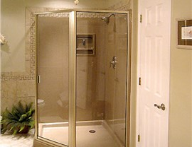 Showers - Shower Doors Photo 2
