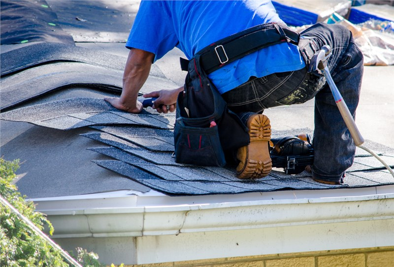 3 Reasons Why a Licensed Roofing Contractor is a Must-Have