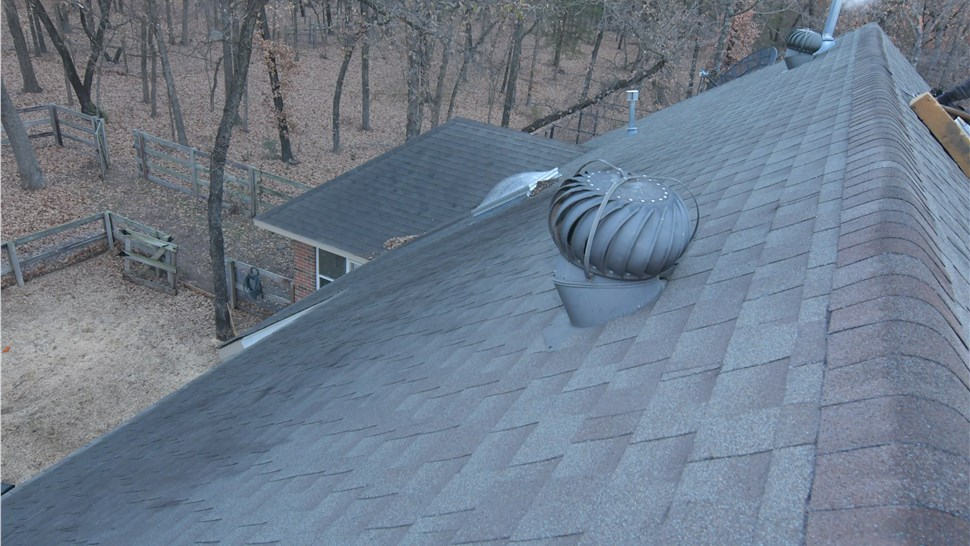 Roofing Shingles Photo 1