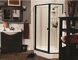 Shower Doors Photo 4