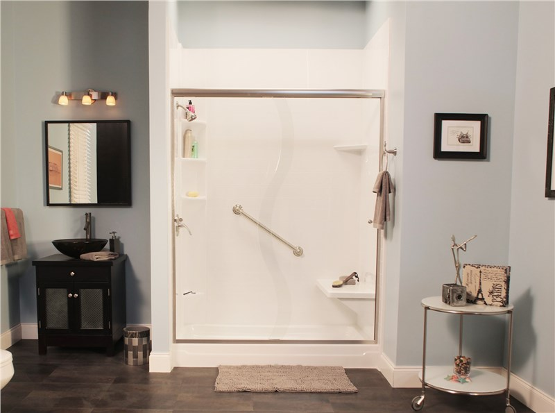 Convenience, Luxury, Style: Why Replace Your Bath with a Walk-in Shower