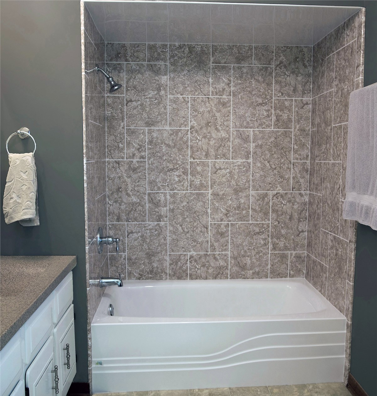 Charleston Bath Wall Surrounds | Mount Pleasant Tub Surrounds ...