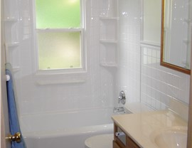Bathroom Remodeling - One Day Baths Photo 3