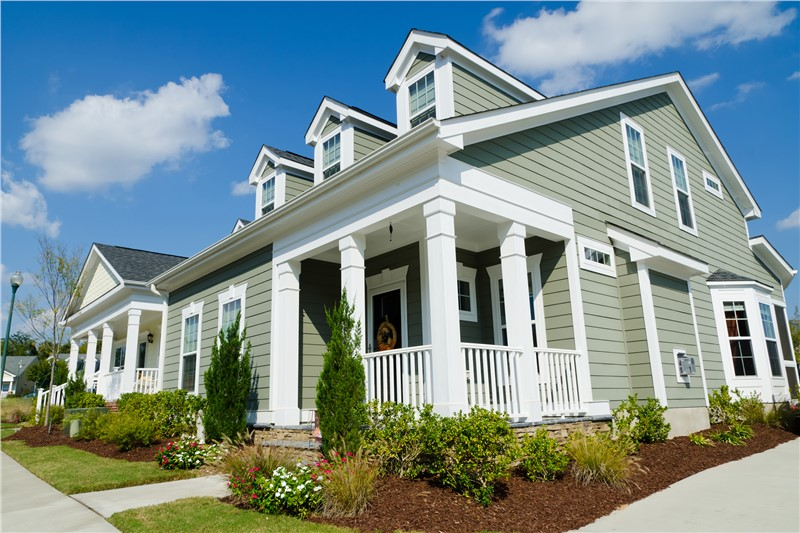 Vinyl, Fiber Cement, and Wood: Choosing Between Three of Today's Most Popular Siding Options for Your Home