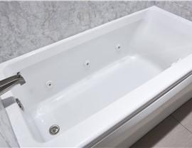 Bathtub - Jetted Bathtub Photo 2
