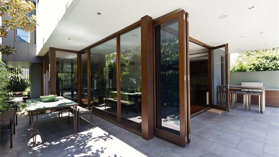 Bifold Doors Photo 1
