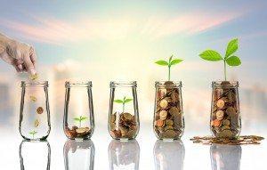 saving coins in mason jars