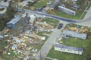 damage caused by hurricane andrew