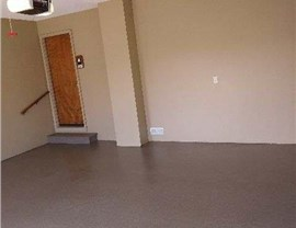 Solid Color Epoxy Floor Finishes Photo 4