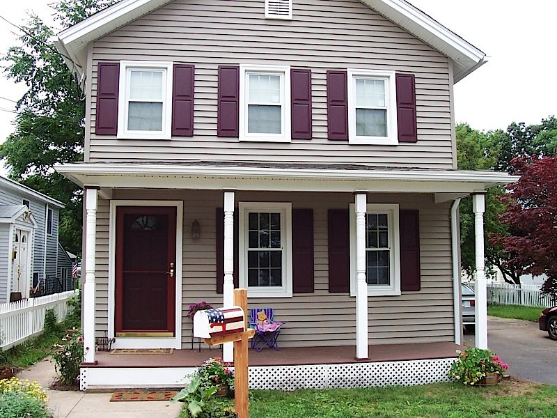 3 Ways Vinyl Siding Can Improve Your CT Home
