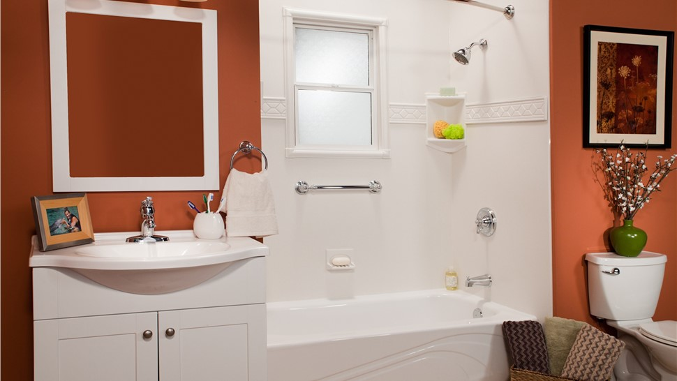 Bathroom Remodeling - Replacement Tubs Photo 1