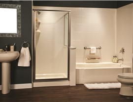 Bathroom Remodeling - Bath Wall Surrounds Photo 2