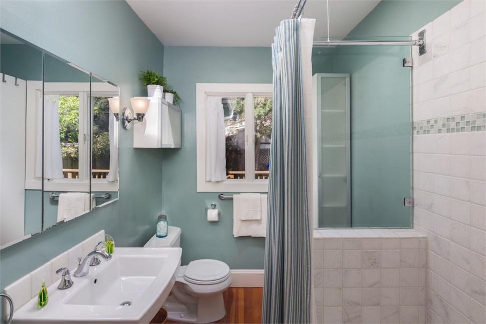 $1000 Off a Bathroom Remodel