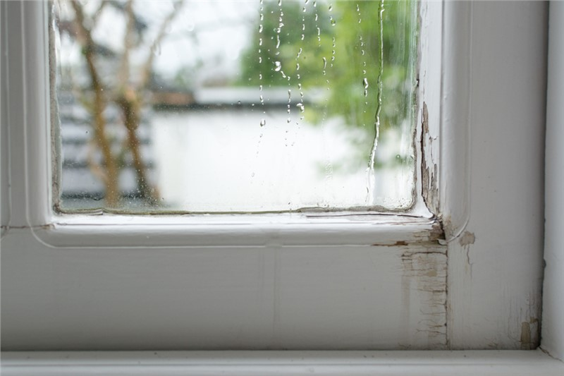 How to Tell if it's Time to Repair or Replace Your Windows