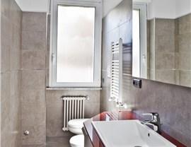 Windows - Bathroom Photo 4