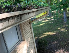 Gutter 1 (Before & After) Photo 2