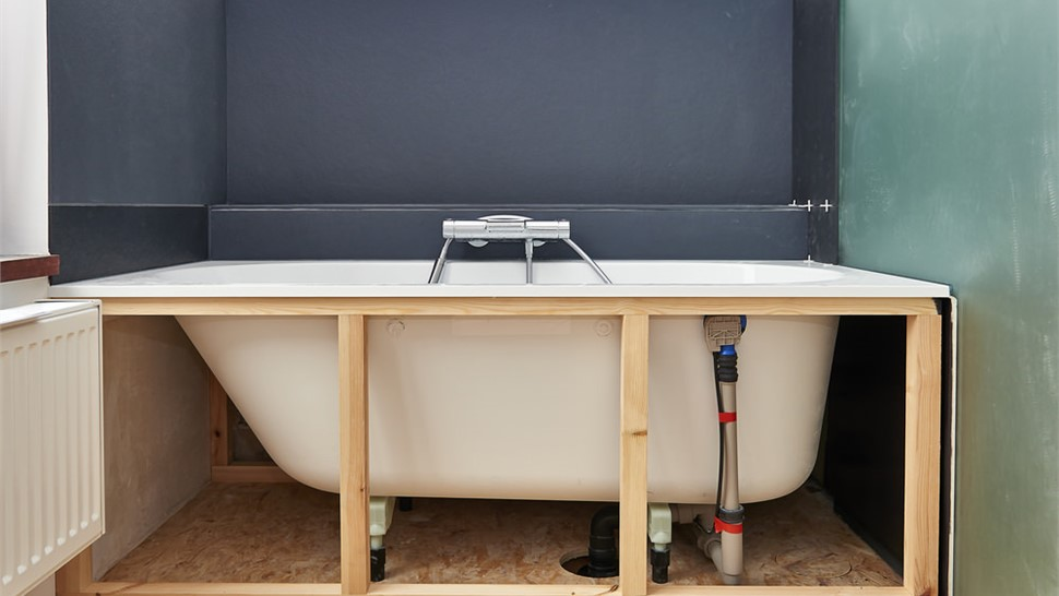 Bathtubs - Bathtub Removal Photo 1