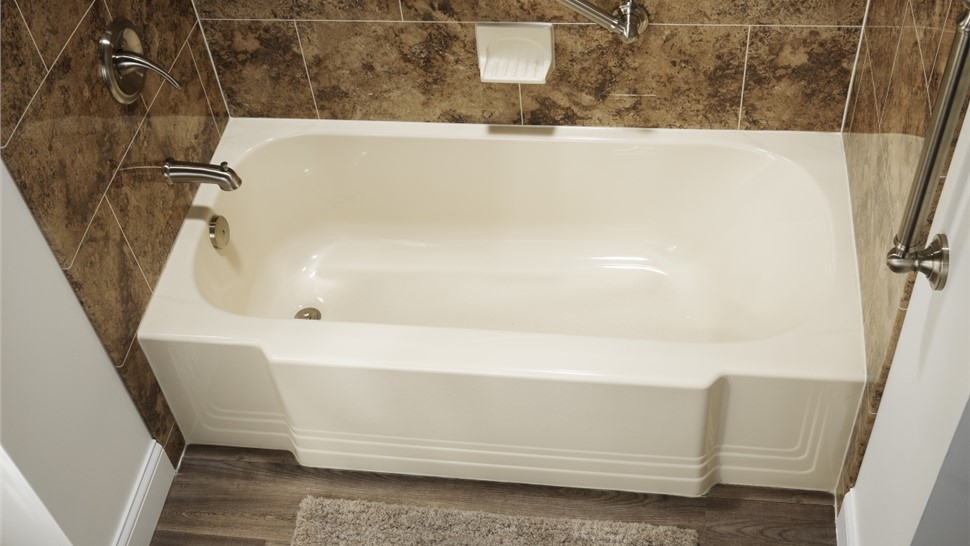 Bathtubs - Replacement Bathtubs Photo 1