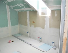 Bathtubs - Bathtub Removal Photo 4