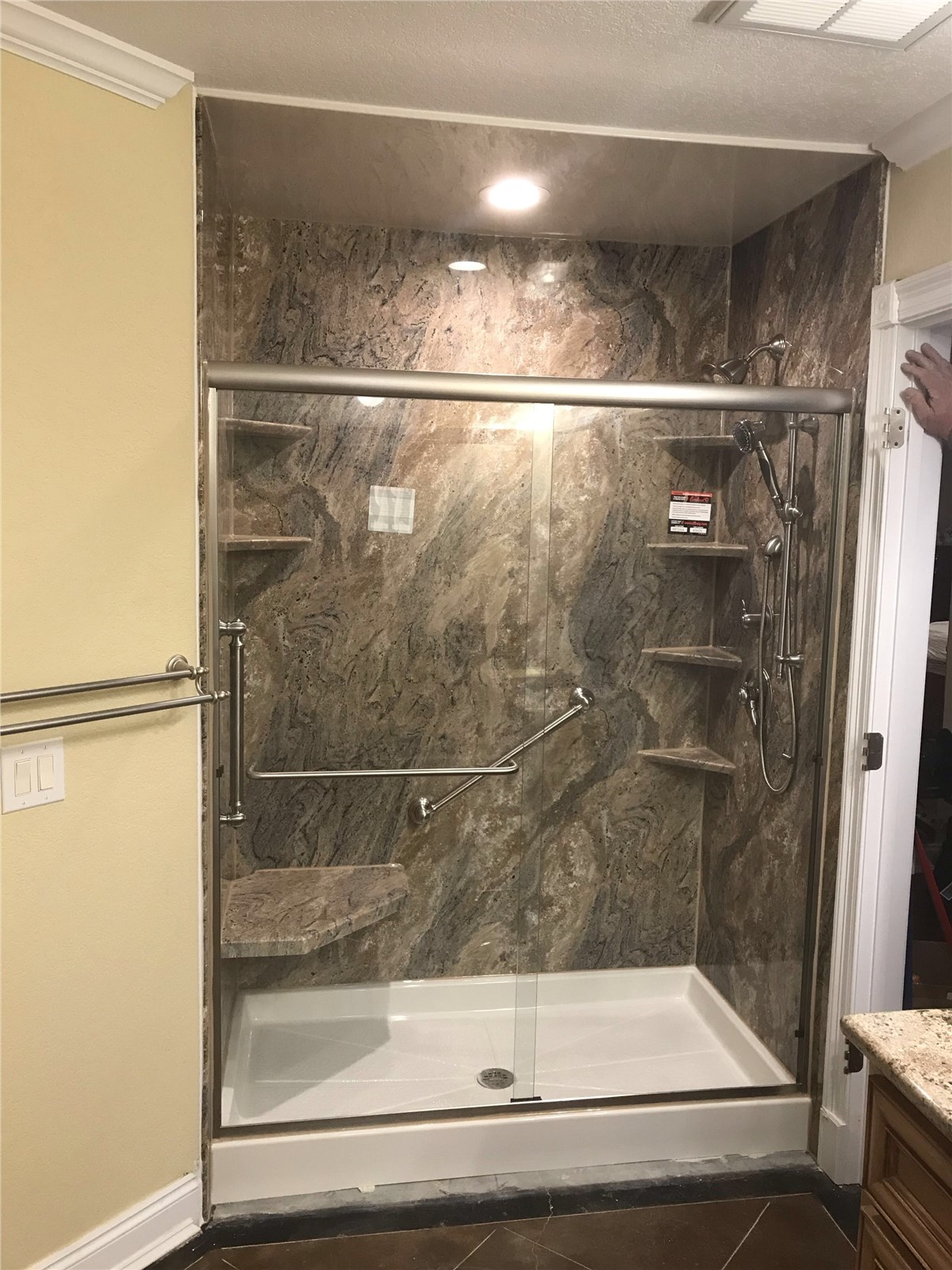 One Day Bath Remodeling  $4 Off Tub & Shower Replacements