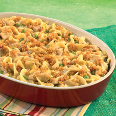 Hearty-Chicken-Noodle-Casserole_1_400