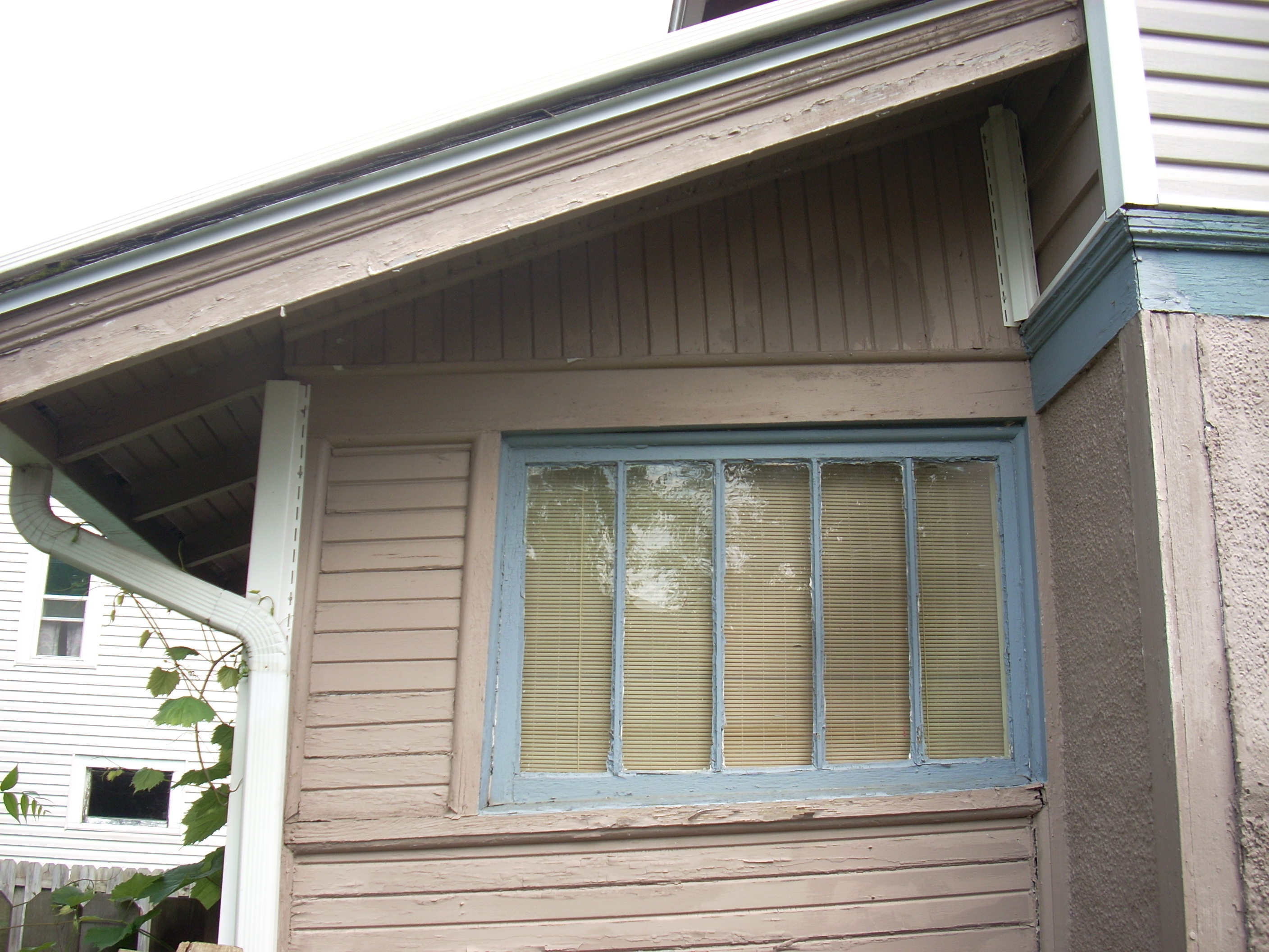 Do you  have some windows that are painted shut or won't open?