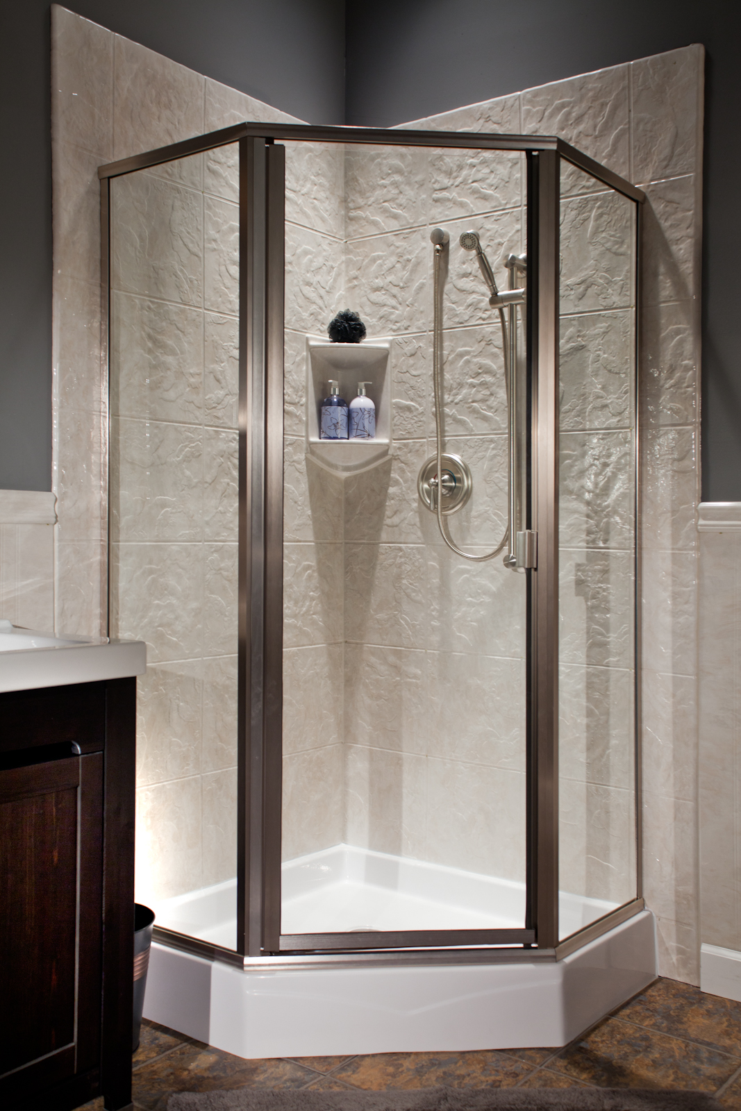tub to shower trend