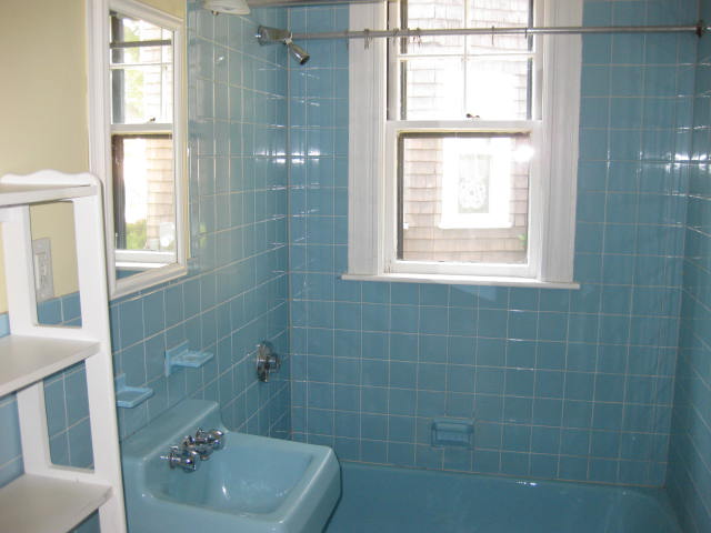 outdated blue bathroom